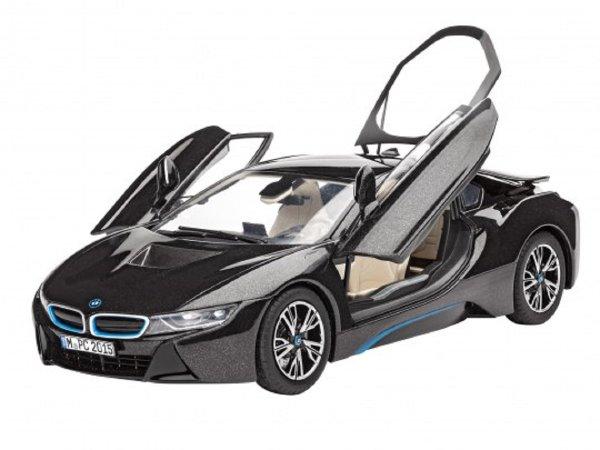 Revell ModelSet - Plastikový model auta BMW i8