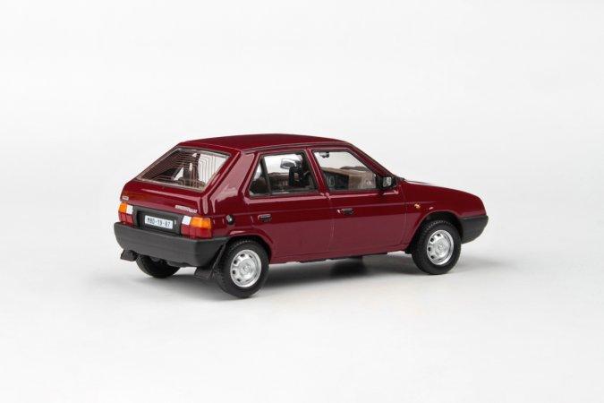 Abrex Škoda Favorit 136 L (1988) - Červená Apollo