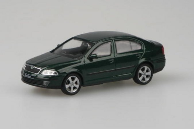Abrex Škoda Octavia II (2004) - Zelená Natur metalíza