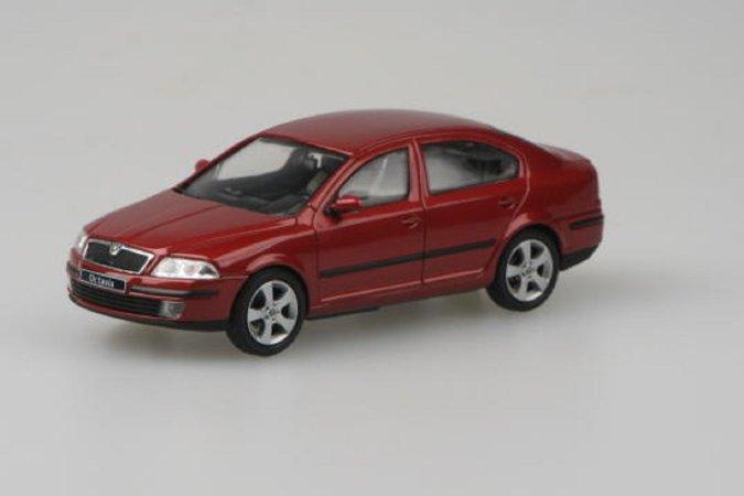 Abrex Škoda Octavia II (2004) - Červená Flamenco metalíza