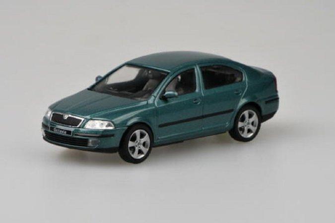 Abrex Škoda Octavia II (2004) - Zelená Island metalíza