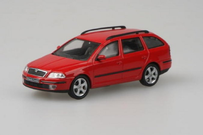 Abrex Škoda Octavia II Combi (2004) - Červená Corrida Uni