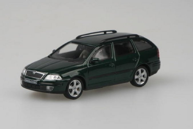 Abrex Škoda Octavia II Combi (2004) - Zelená Natur metalíza