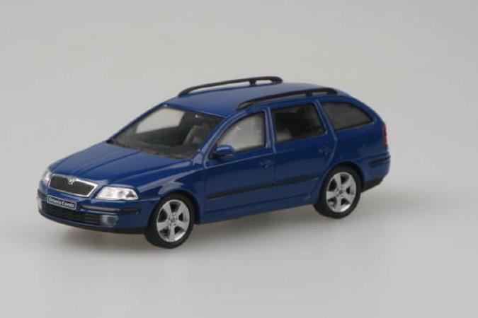 Abrex Škoda Octavia II Combi (2004) - Modrá Dynamic Uni