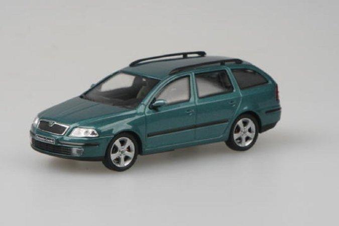 Abrex Škoda Octavia II Combi (2004) - Zelená Island metalíza