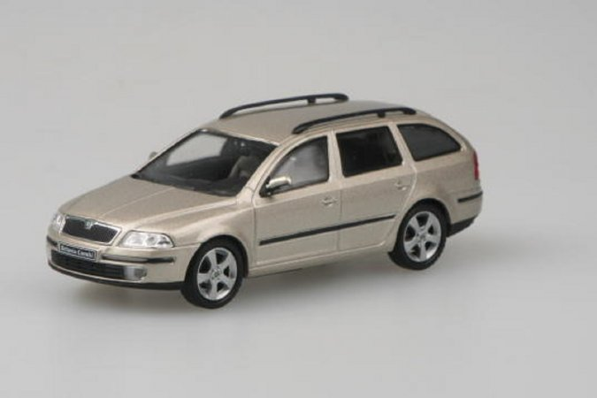Abrex Škoda Octavia II Combi (2004) - Béžová Sahara metalíza