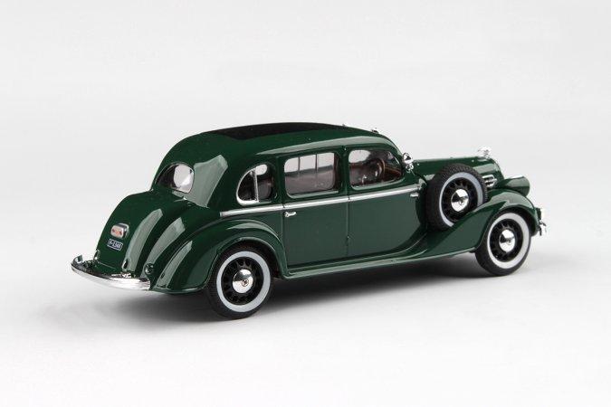 Abrex Škoda Superb 913 (1938) - Zelená mechová
