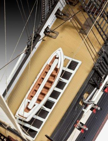 Revell ModelSet - Plastikový model lodě USS Constitution