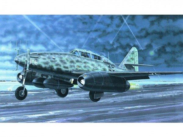 Směr Plastikový model letadla Messerschmitt Me 262 B-1a/U1 Hitech