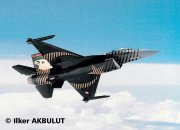 "Revell Plastikový model letadla F-16 C ""SOLO TÜRK"""