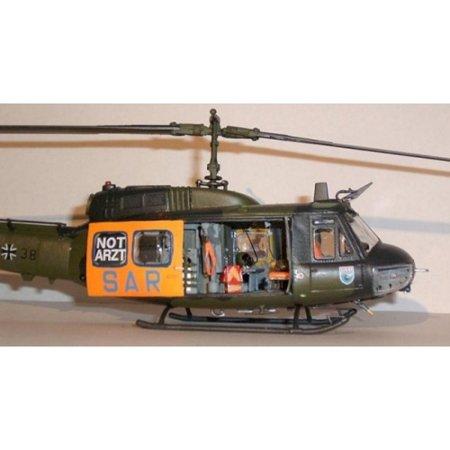 Revell Plastikový model vrtulníku Bell UH-1D 'SAR'