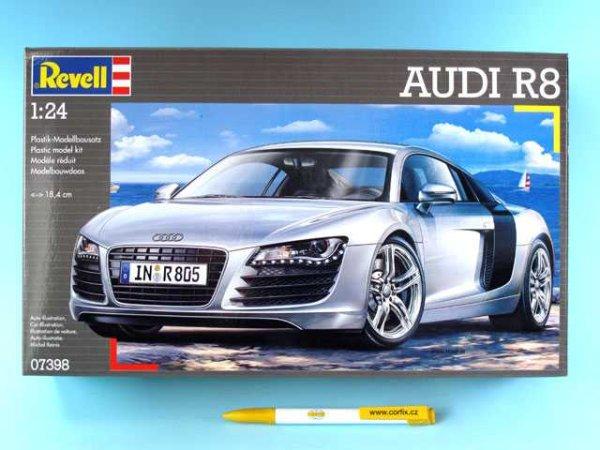 Revell Plastikový model auta Audi R8