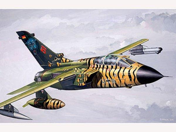 Revell MiniKit - Plastikový model letadla Tornado IDS - Výprodej