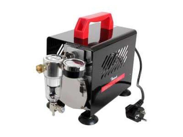 Revell Compressor 'standard class'