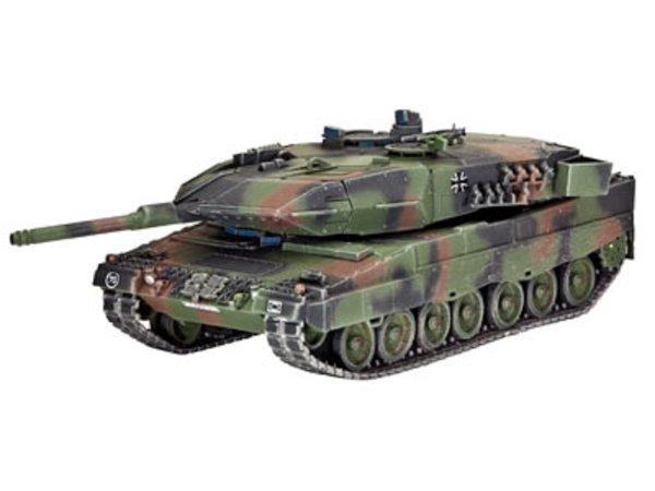 Revell Plastikový model tanku Leopard 2A5/A5 NL
