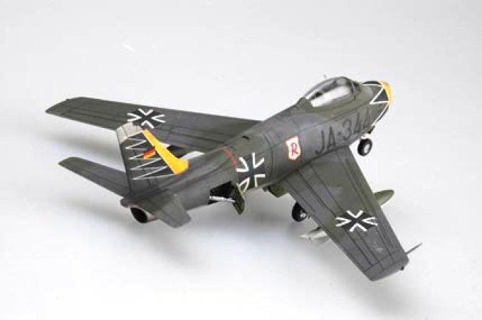 Hobby Boss F-86F-40 Sabre