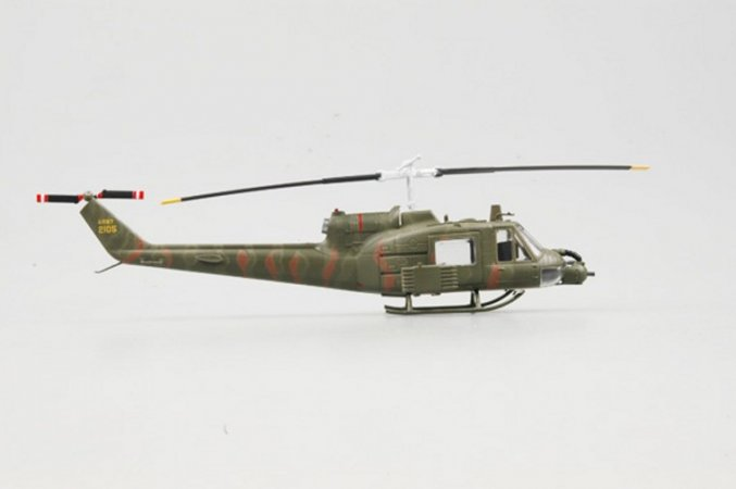 Easy model Helicopter - UH-1B 1st platoon
