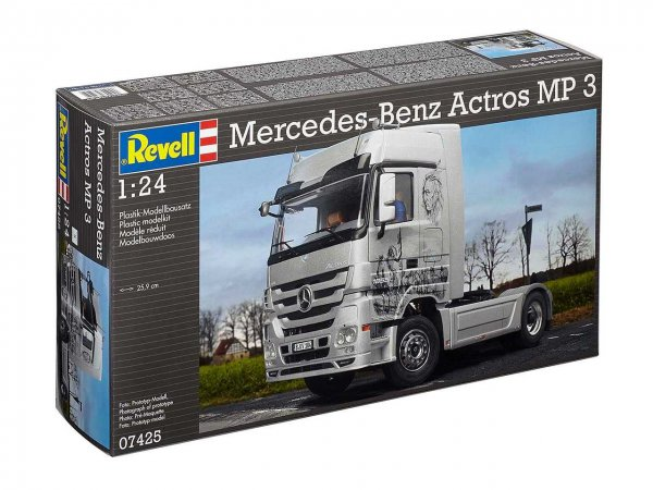 Revell Plastikový model kamionu Mercedes-Benz Actros MP3