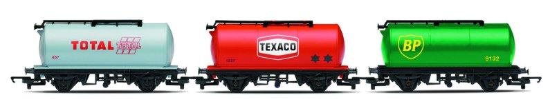 Hornby EailRoad - Set tří nákladních vagónů - Fuel Tanker - BP, Texaco, Total