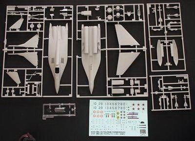 Hasegawa Mikoyan Mig-29 Fulcrum Farnborough with Weapon