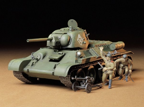 Tamiya Russian T-34/76 Tank ChTZ version 1943 production