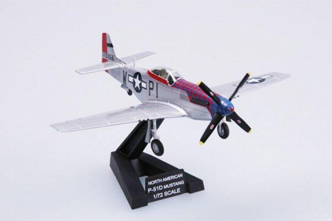 Easy model P-51D 359FS 356FG 8AF Anglie 1945