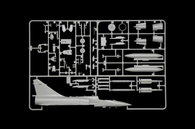 Italeri Model Kit letadlo 1381 - MIRAGE 2000
