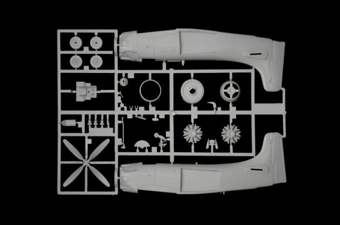 Italeri Model Kit letadlo 2757 - AD-4W Skyraider