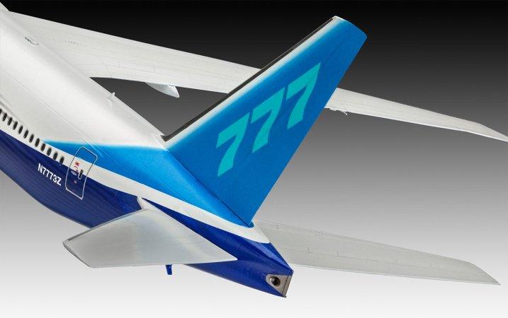 Revell Plastikový model letadla Boeing 777-300 ER