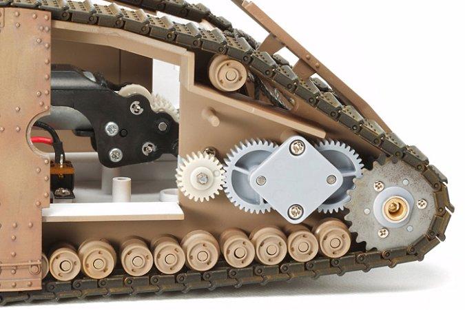 Tamiya WWI British Tank Mk.IV Male - w/Single Motor/British Figures
