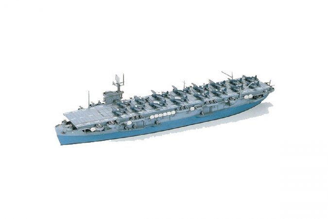 Tamiya US Escort Carrier CVE-9 Bouge