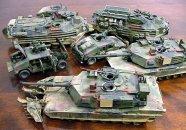 Tamiya M1A2 Abrams Main Battle Tank - 120 mm Gun