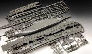 Revell Plastikový model lodě HMS Ark Royal & Tribal Class Destroyer