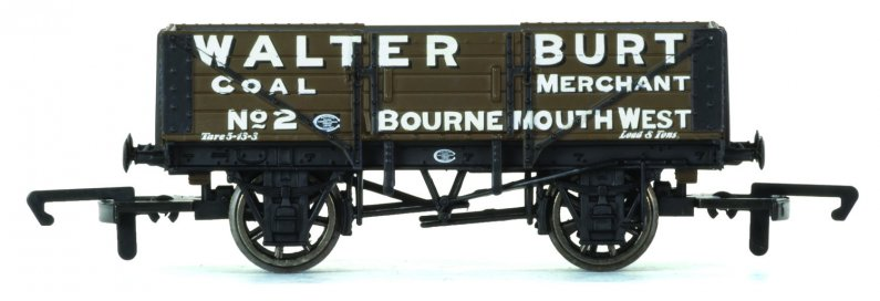 Hornby Vagón nákladní - 5 Plank Wagon 'Walter Burt'