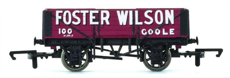 Hornby Vagón nákladní - 5 Plank Wagon 'Foster Wilson'