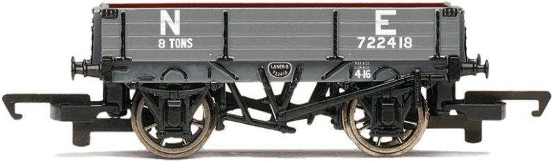 Hornby Vagón nákladní - 3 Plank Wagon 'NE'