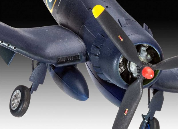 Revell Plastikový model letadla F4U-1B Corsair Royal Navy