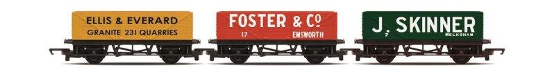Hornby RailRoad - Set tří nákladních vagónů - Open Wagons