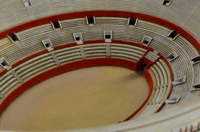 Italeri World of Architecture budova 68003 - COLOSSEUM