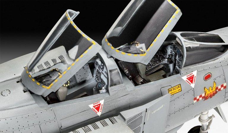 Revell Plastikový model letadla British Phantom FGR Mk.2