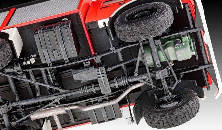 Revell Plastikový model kamionu Schlingmann Unimog RW1