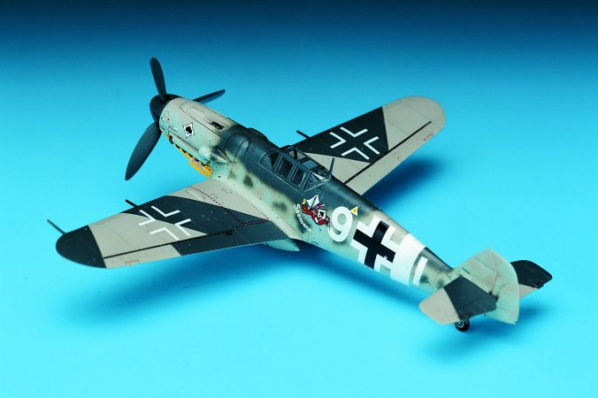 Academy Plastikový model letadla MESSERSCHMITT BF109G-6